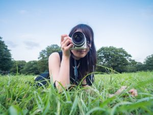 カメラ女子向きミラーレス一眼は可愛い