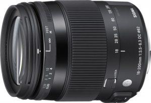 18-200mm F3.5-6.3 DC MACRO OS HSMの写真
