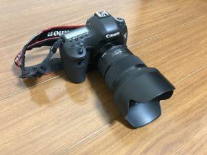 SIGMA 50mm f1.4 DG HSM ARTの斜めからの写真