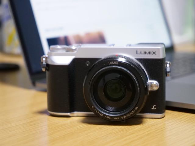 LUMIX DMC-GX7MK2の正面写真